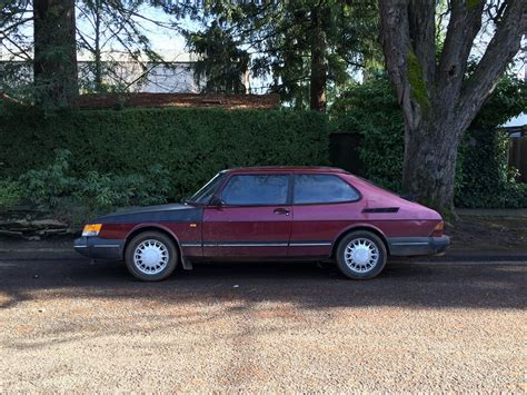 classic saab curbside classic 1993 saab 900 turbo not lagging in appeal