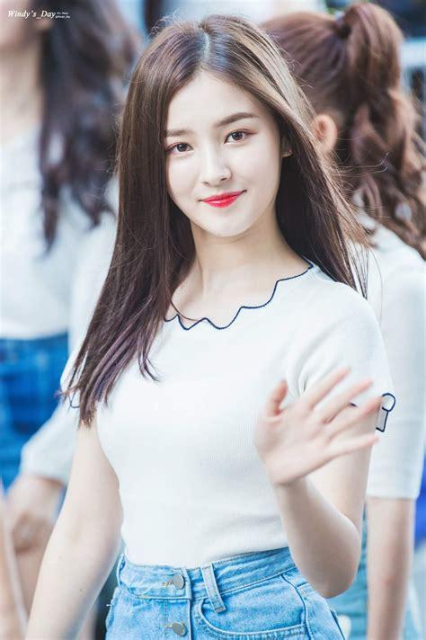 Kaos Exid Korea Kpop potret cantik salah satu member girlband yang lagi naik