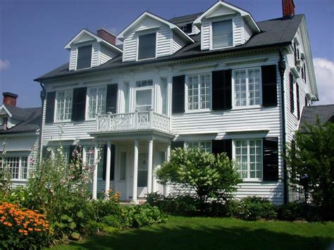 colonial home styles 26 popular architectural home styles home exterior