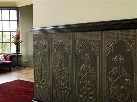 Wallpaper Wainscoting Ideas by Do Today Want To Wainscot Your House With Faux Wallpaper