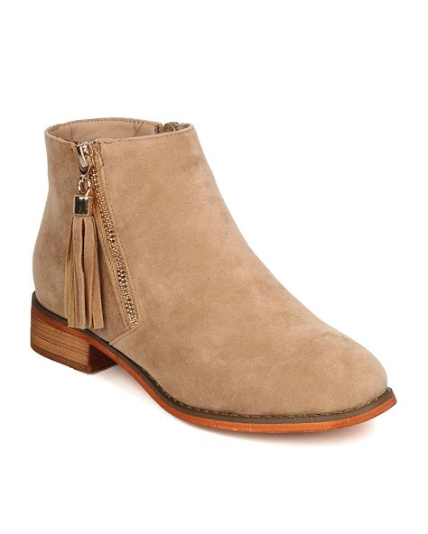 7 Ankle Boots by New Liliana Mckinzee 7 Faux Suede Toe Tasseled