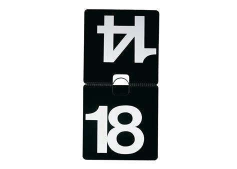 design ewiger kalender ewiger wandkalender quot max 365 quot 32x32 cm kalender nava