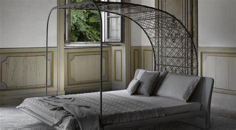 letto a baldacchino moderno letto a baldacchino il classico si veste di moderno
