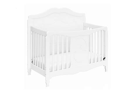 Storkcraft Princess Crib by Storkcraft S Princess Convertible Crib Grows With Your Child