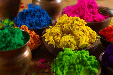 indian colors holi festival of colors travelmodus
