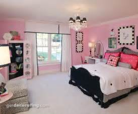 pink and black themed bedroom themed bathroom