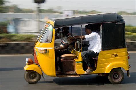 Indisches Auto by Indian Auto Rickshaw Hailing Company Jugnoo Raises 5