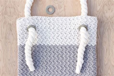 crochet bag with handles pattern easy modern free crochet bag pattern for beginners