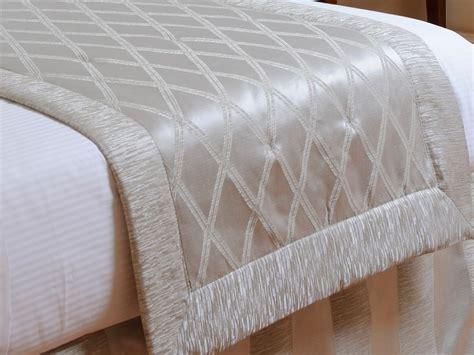 tessuti per copriletto copriletto in tessuto runner e copriletti liuni