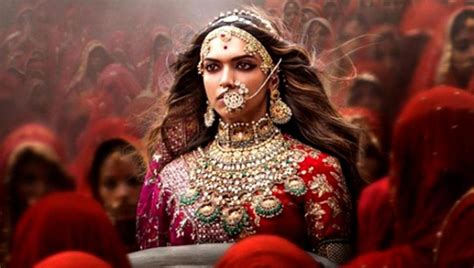 watch free movies padmavati by deepika padukone padmavati deepika padukone is the red queen in new international poster click ittefaq
