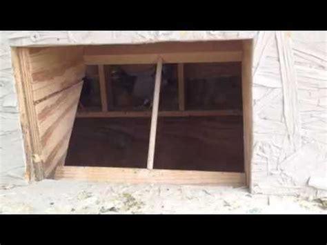 Pigeon Trap Door Design by Pigeon Racing Loft Trap Door Design Doovi