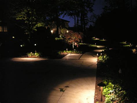 the right placement of path lights outdoor lighting