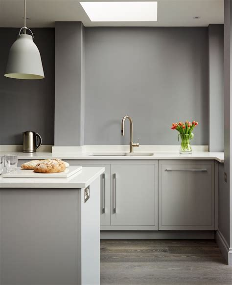 harvey jones linear kitchen handpainted in dulux steel grey 3 kitchens steel