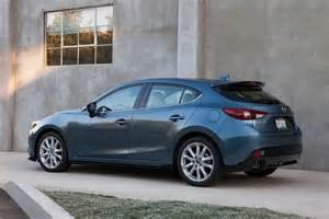 2016 mazda 3 hatchback review ratings edmunds