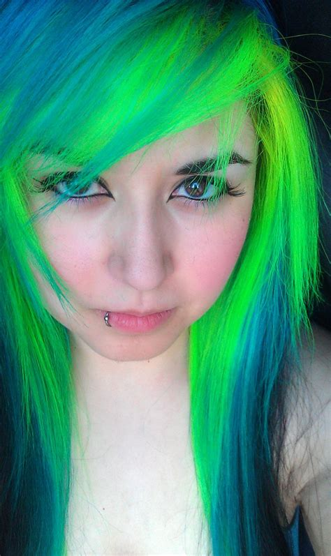 hair green blue bright green and blue dyed hair hair stuff pinterest