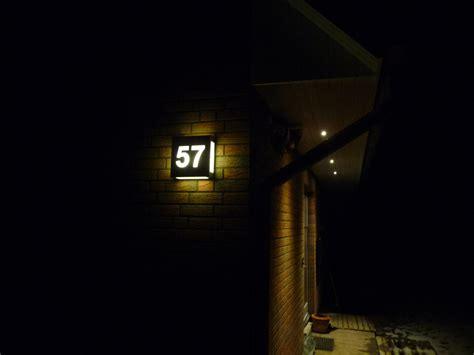 kabelabdeckung decke rund beleuchtete hausnummer solar lunartec beleuchtete