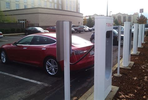 Tesla Charging Stations Ohio Tesla Superchargers Now Opening Fast Cross Country Route