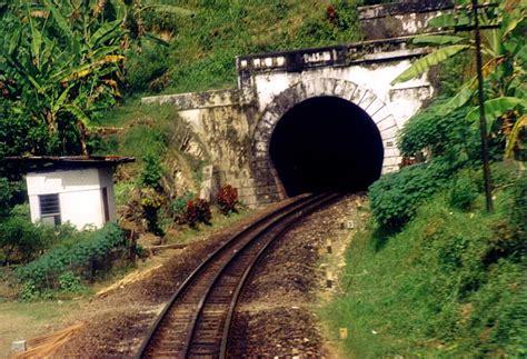 Bukan Railfans semboyan35 railfans sungai serayu