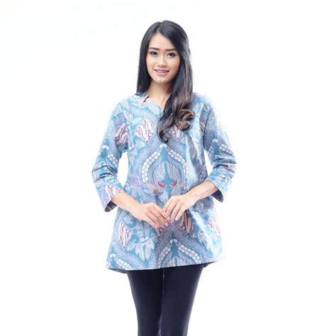 Baju Busana Wanita 13 model baju kerja wanita edisi batik paling modern elegan
