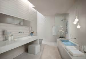 salle de bain blanche white stripe bathroom tiles interior design ideas