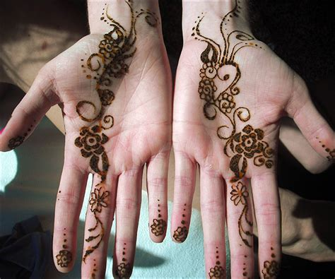 henna design palm 11 palm mehndi designs from simple to stunning