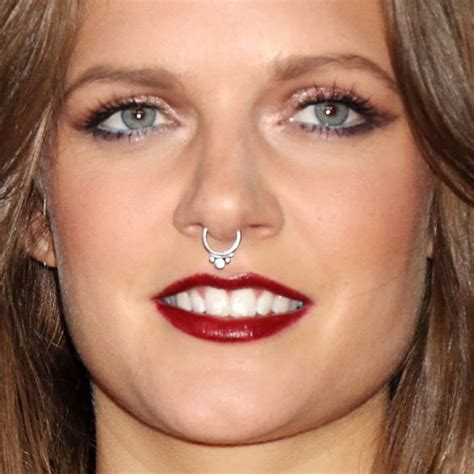 tove lo tattoo top tove lo more images for tattoos