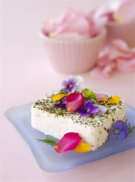 flower food recipe 48 delicious edible flowers ideas for your wedding