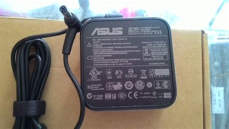 Charger Laptop Adaptor Asus 19v 342a Square Shape Pin Central jual adaptor charger laptop asus x450 original square shape 19v 3 42a sombrero laptop parts