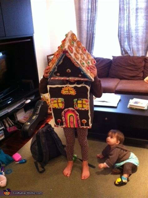 The Costume House by Gingerbread House Costume Photo 3 3