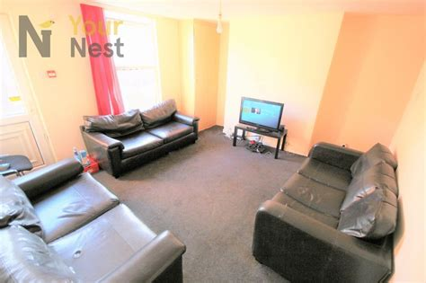 Bedroom Ls by 6 Bedroom House To Rent Ashville Road Hyde Park Ls