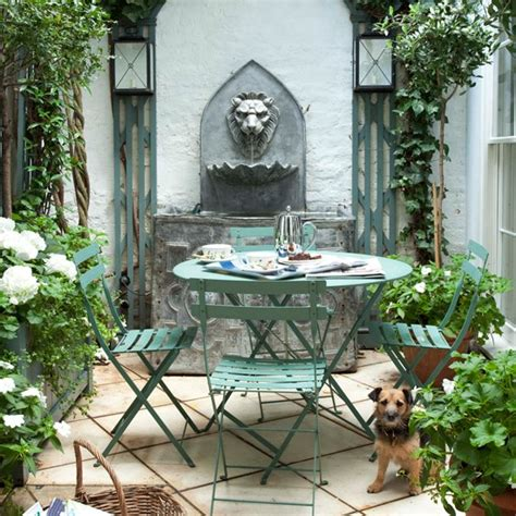 Patio Ideas For Small Gardens Uk Patio And Garden Ideas Small Patio Gardens Apartment Small Patio Garden With Water Feature