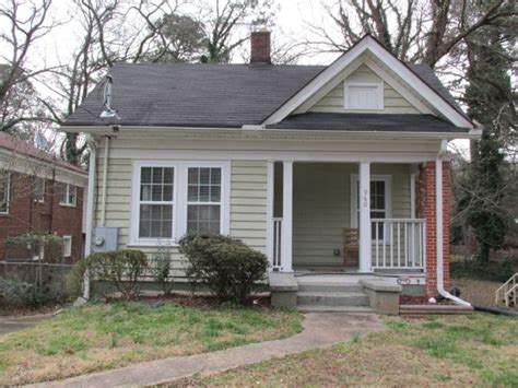 house to buy in atlanta find my phone apps mistakenly bring dozens of people to