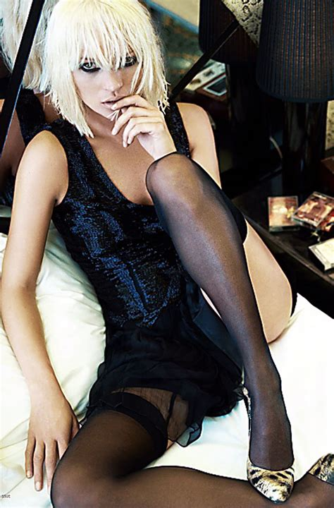 Kate Goes For One Of Raunchiest Shoots by Kate Moss Goes For One Of Raunchiest Shoots