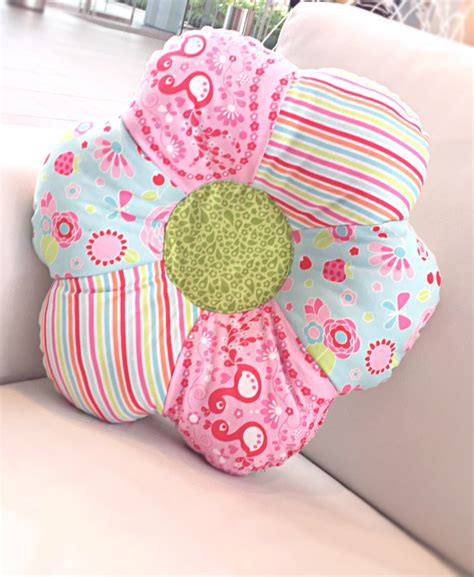 How To Make Shaped Pillow by Flower Shaped Pillow The Stitching Scientist