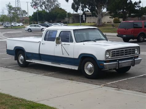 1974 d200 crew cab 440 v8 bed bed cover 727