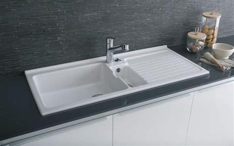 lavelli da cucina in resina lavelli cucina piani cucina tipologie di lavelli cucina