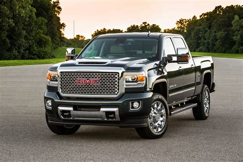 gmc duramax 2017 gmc 2500hd reviews and rating motor trend