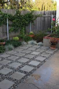 Paving Ideas For Small Gardens Small Garden Paving Ideas Lighting Home Design