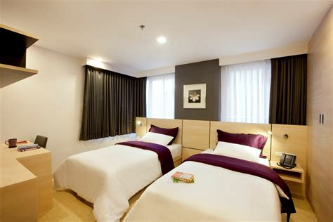 bedroom with two beds two bedroom suite arize hotel