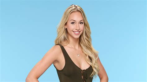 the bachelor miami woman among 30 contestants on the bachelor