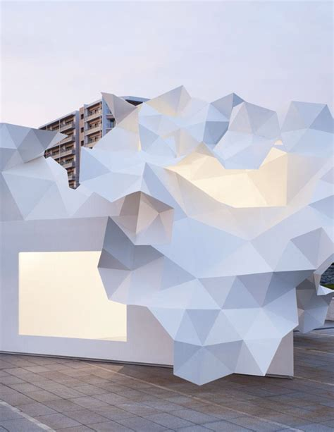 Origami Installation - origami installation for the new bloomberg pavilion