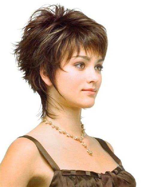 hairstyles for thin hair on head cute short haircuts 30 head turning super cute short