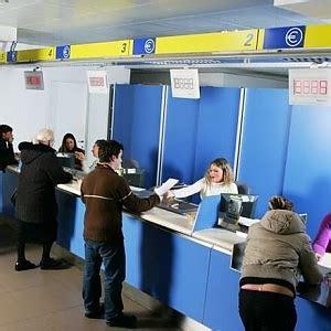 uffici postali genova orari rapinano ufficio postale a trapani terrore tra i clienti
