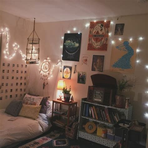 Artsy Room Ideas artsy bedrooms