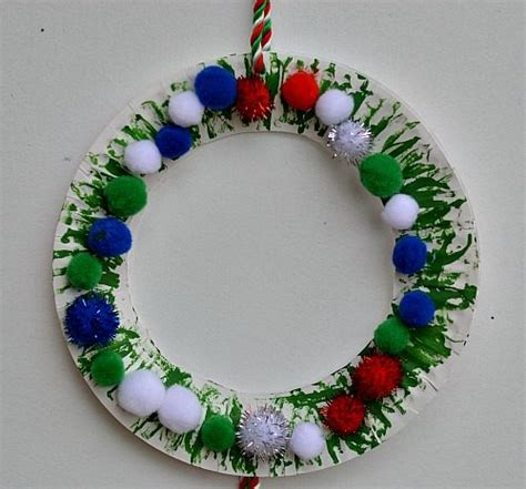 christmas crafts for kids easy christmas wreath for