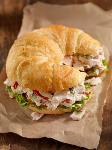 chicken salad with grapes recipes on croissants