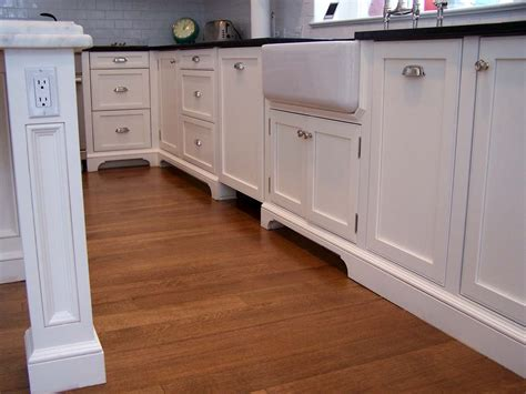 kitchen cabinet bottom molding kitchen molding and architectural elements style up kukun