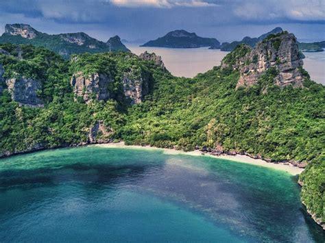 seasonal guide    time  visit thailand
