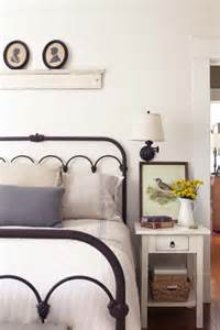 Ideas For Antique Iron Beds Design 37 Farmhouse Bedroom Design Ideas That Inspire Digsdigs