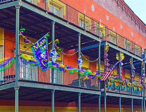 Mattress Mobile Al by Mattress Factory Mardi Gras Railing In Mobile Alabama